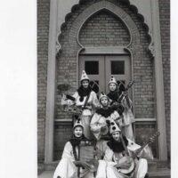 1987-Outside-Pavilion-Museum-Brighton